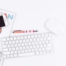 אייפון מגזין מקלדת עכבר עט